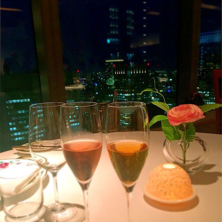 あなたの大切な人を感動させます!東京都内の「夜景×ディナー」レストラン11選