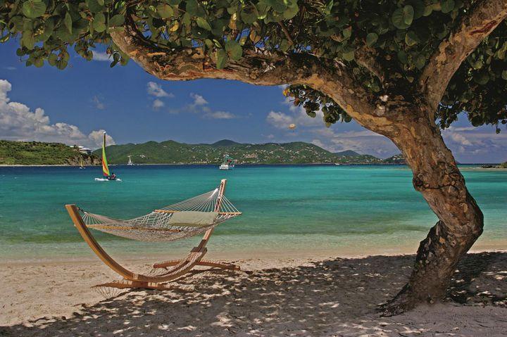 疲れた心と身体にハンモック休暇。ハンモックがぴったりな世界のリゾート10選