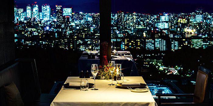 今宵は特別で贅沢な夜に。記念日・誕生日におすすめなレストラン7選《東京都内》