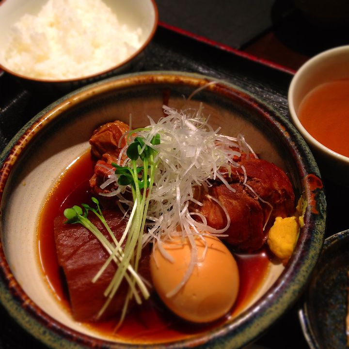 今日のランチはこれで決まり。とろとろにとろける東京都内の絶品豚角煮7選