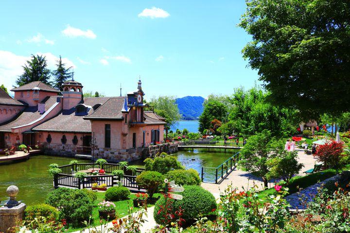 まるでヨーロッパの世界!河口湖の美術館「河口湖オルゴールの森」が可愛すぎる