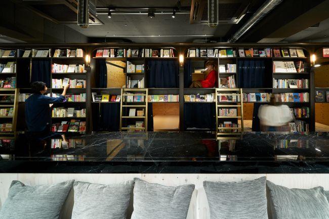 至福の泊まれる本屋さん!「BOOK AND BED TOKYO 浅草店」オープン