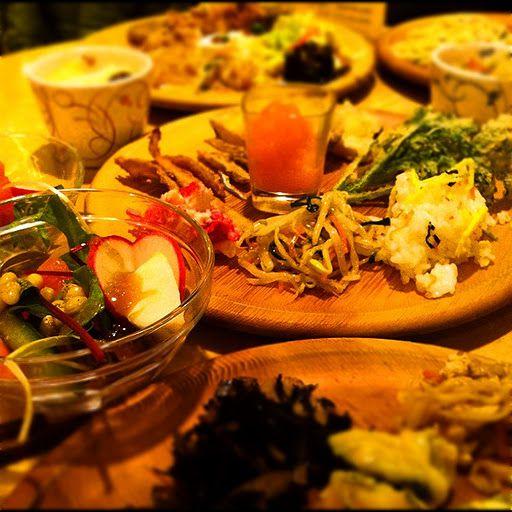 お腹いっぱい食べても罪悪感なし!東京都内の自然食ビュッフェ7選