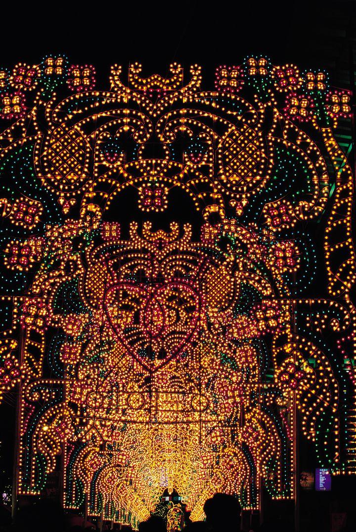 【終了】300万人が訪れる、神戸冬の風物詩。「神戸ルミナリエ」が今年も開催