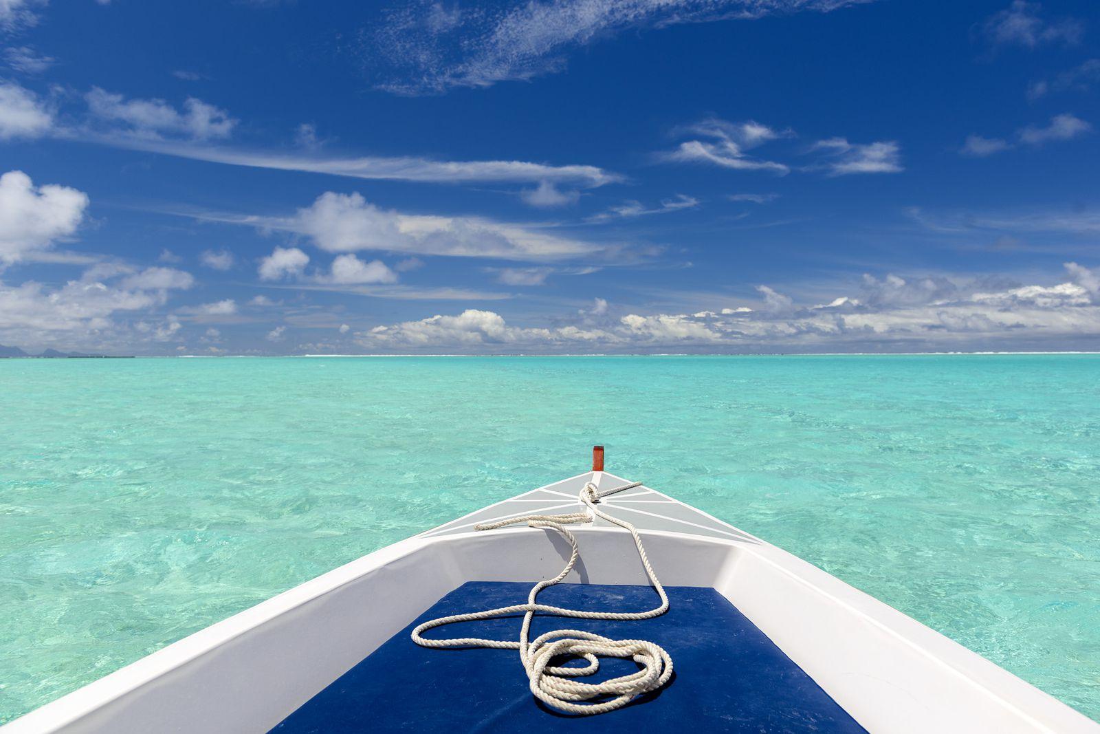 たくさんの島々からなるタヒチ。どの島もとても綺麗な海が広がっていて、どこを切り取っても絵になるフォトジェニックなスポットばかりですが、実はそれぞれ異なる魅力があります。選ぶときのポイントをおさえておきましょう。