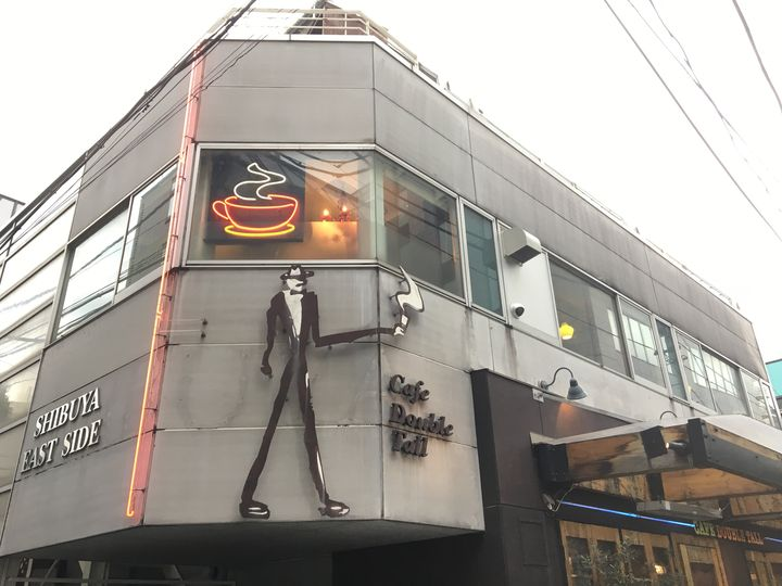 ラテアートを日本に広めた本格コーヒー専門店ダブルトールカフェの新作スイーツが絶品!