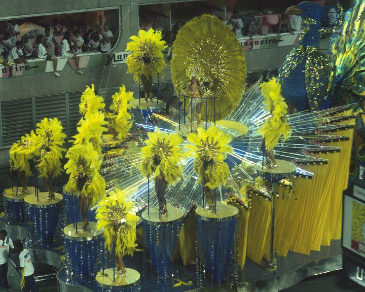 1度は行ってみたい世界的なお祭り!ブラジル「リオのカーニバル」開催