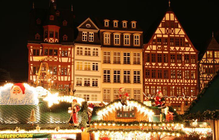 未体験の絶景クリスマス!いつか体験したい海外で過ごすクリスマス7選