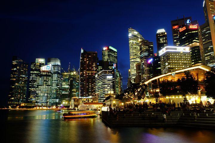 """元在住者が教える!シンガポールの""""おすすめな夜の過ごし方""""7つ"""