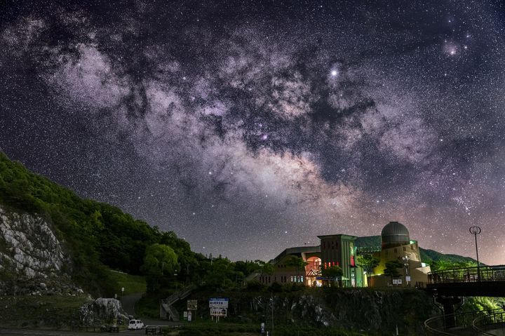 冬の夜長には満点の星空を。2019年12月の天体イベントと星空観賞スポットまとめ