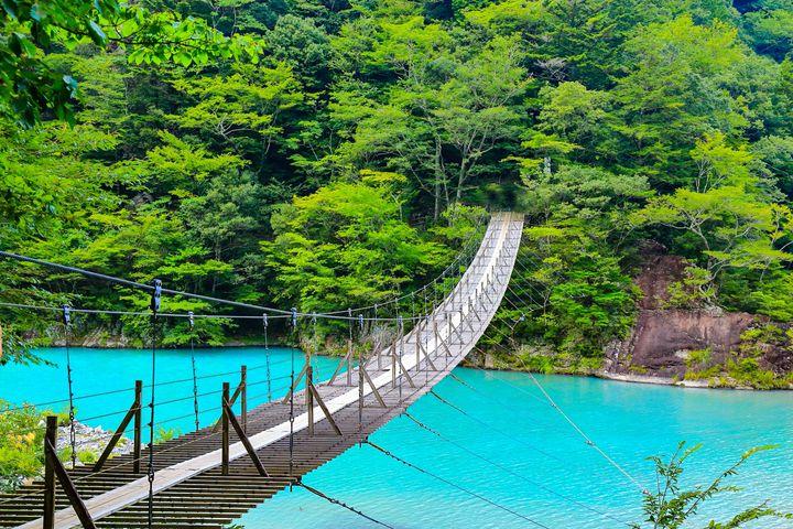 「寸又峡」で絶景&温泉を満喫!静岡県・寸又峡日帰りドライブプランはこれだ