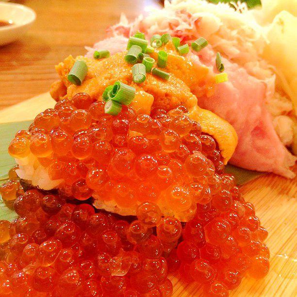 お皿から溢れ出てるよ!東京の絶対に行きたい「こぼれ寿司」7店