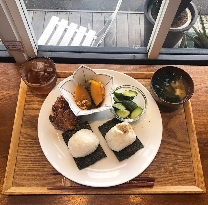 おむすびの今どきスタイル。東京都内のおにぎりカフェ・スタンド9選