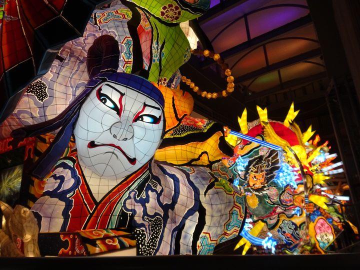 【終了】巨大ねぷたが夜の街を練り歩く。青森県・五所川原市で「五所川原立佞武多祭り」が開催