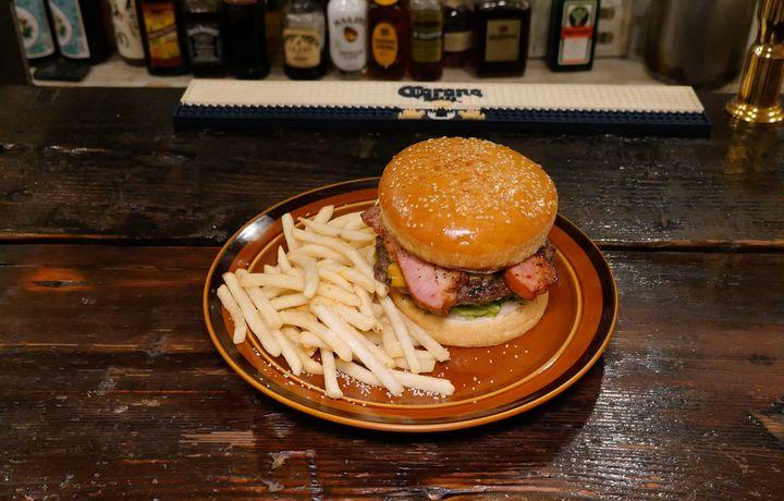 渋谷のハンバーガーならここ!「ウーピーゴールドバーガー」が本当に美味しい