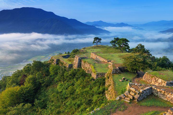 絶景の雲海・竹田城跡観光7選!歴史と自然溢れる兵庫の町で五感を刺激しよう