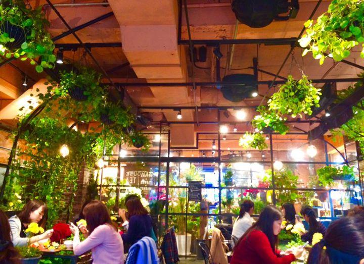 癒しのおしゃれ空間でカフェタイム。東京都内にあるボタニカルカフェ8選