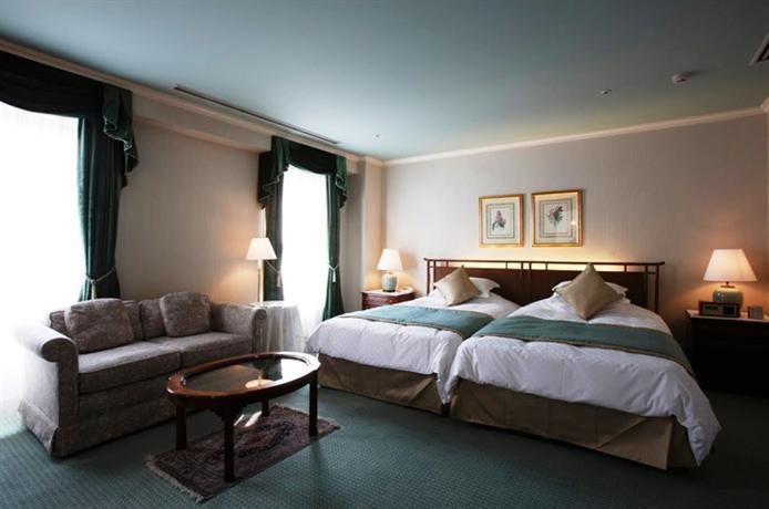 幸せな満腹感のままベッドの中へ。関西地方の注目「オーベルジュ」7選