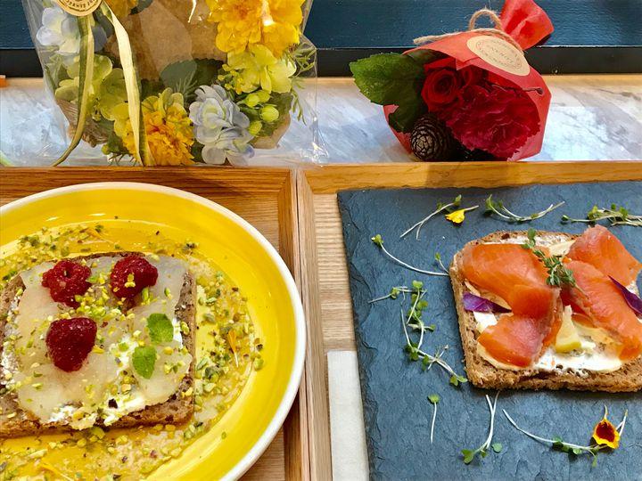 都会のオアシス!花に囲まれたおしゃれすぎる東京都内のカフェ7選