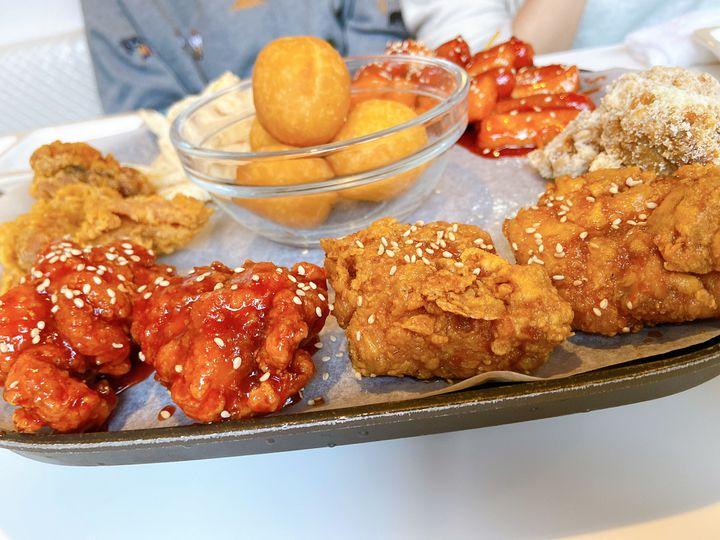 流行韓国グルメが一皿に集結!モッパンセットが食べられる新大久保のお店