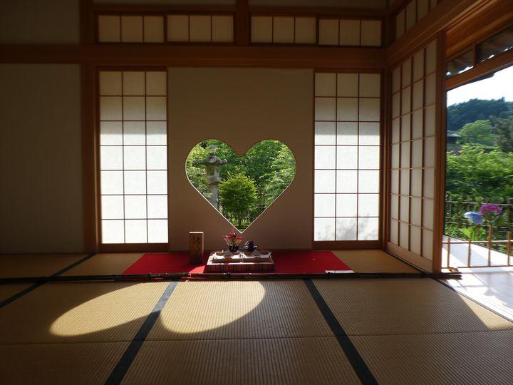 """ハートの窓にカラフルな天井画。京都・宇治田原町にある""""正寿院""""の全てを教えます"""