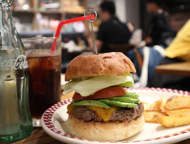 トロトロの幸せが溢れ出す!東京都内で絶品チーズバーガーが味わえるお店7選