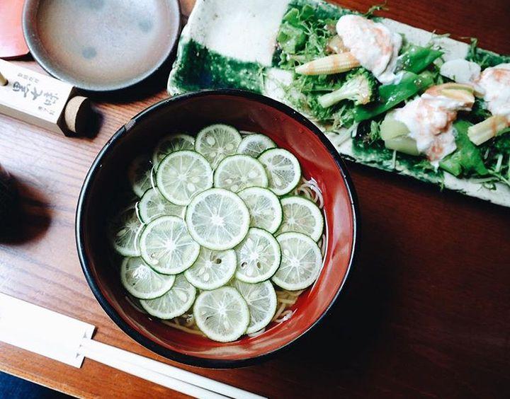 この夏食べたいひんやり蕎麦!「すだち蕎麦」が絶品な東京都内の名店9選