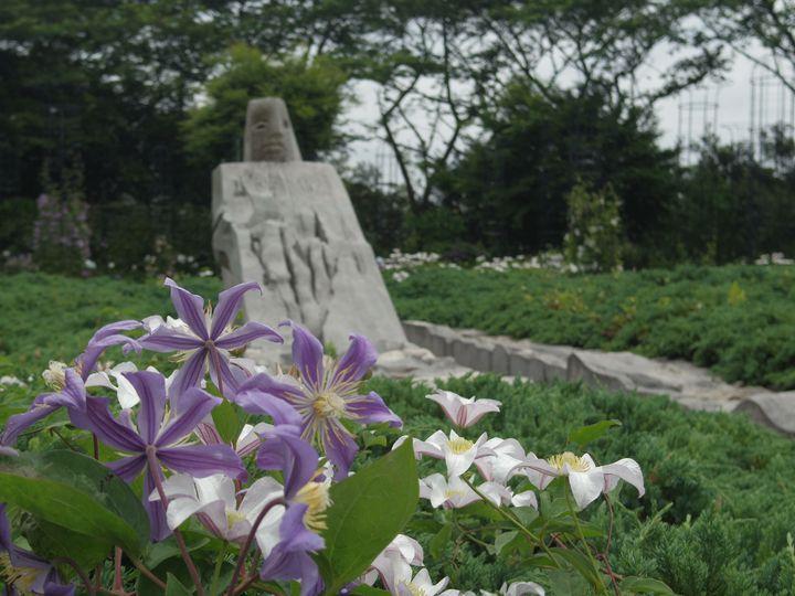 美しい花々や芸術と触れる!「クレマチスの丘」でしたい7つのこと