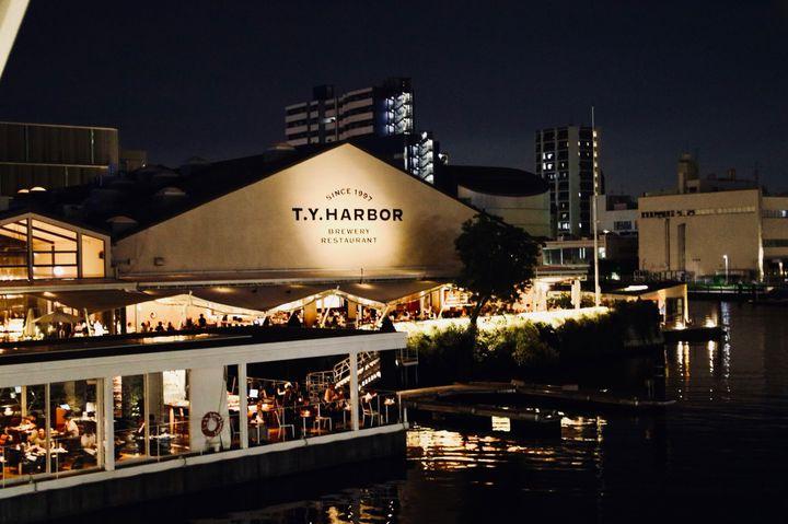 「月が綺麗ですね」と君に告げた。東京都内の夜景が綺麗なテラス席のあるお店10選
