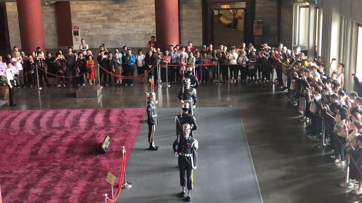 衛兵の交代ショーは圧巻!台北の隠れ観光名所「國立國父紀念館」の魅力に迫る