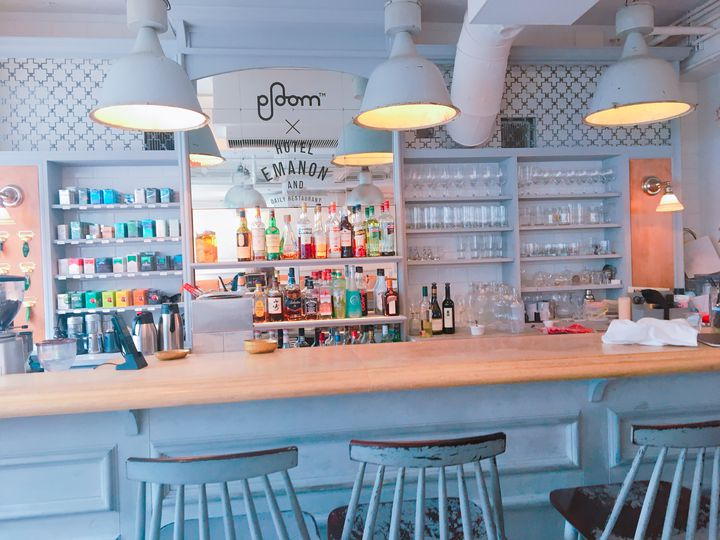 """結局、シンプルが1番おしゃれ。東京都内にある""""白""""を基調としたカフェ10選"""
