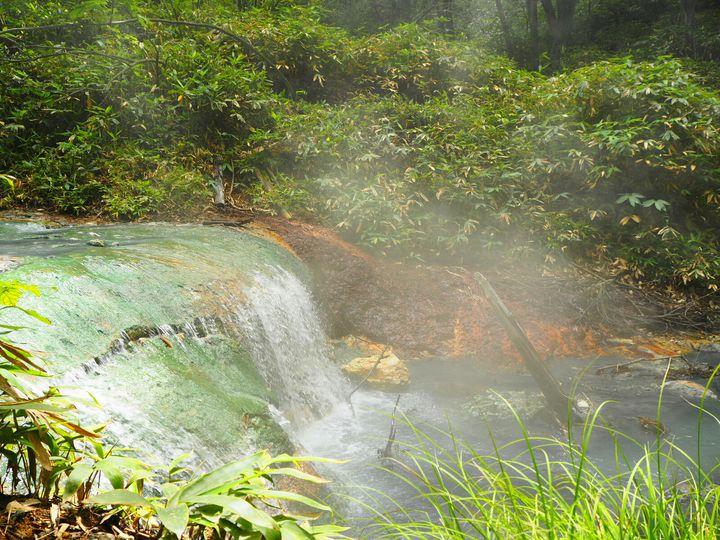 暑い夏でも行きたい!日本全国の「こだわり満載な露天風呂」7選