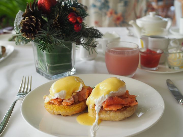 ハワイ旅行、食事も満喫したいから。ホノルルで人気のグルメスポットをご紹介