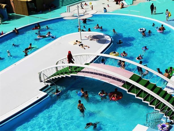 子供と一緒に遊ぶ夏休み!埼玉県の子供も大人も楽しめるプール8選
