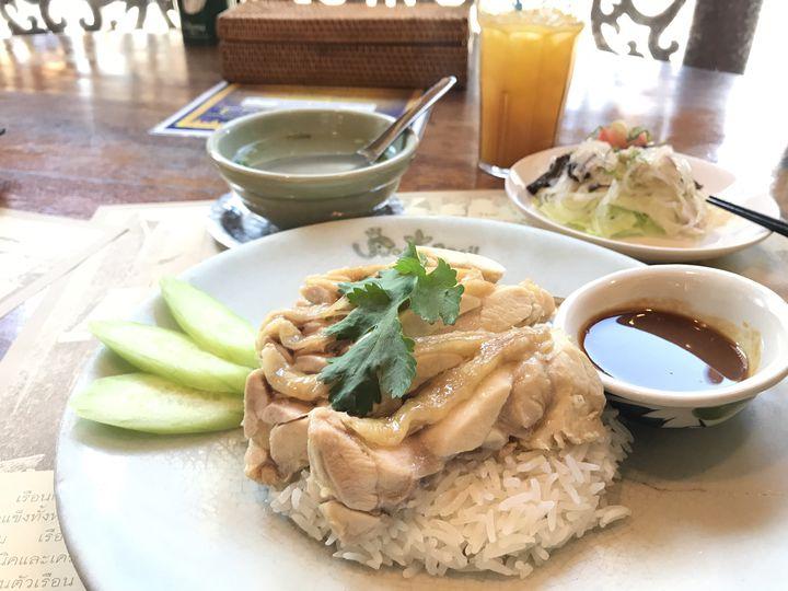 この美味しさがクセになる!大阪で絶対に外さない「タイ料理」の名店10選