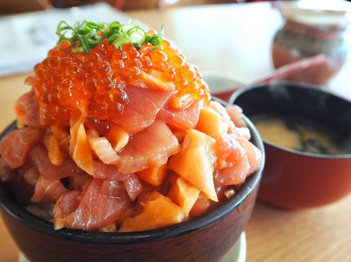 静岡は海の幸の宝庫!静岡県に行ったら何としても食べたい「海鮮丼」10選