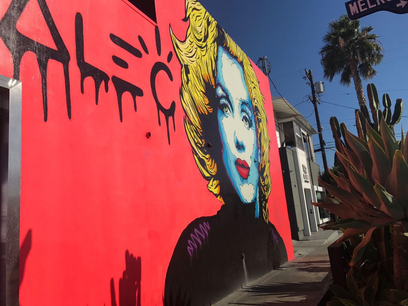 今 の 時間 ロサンゼルス