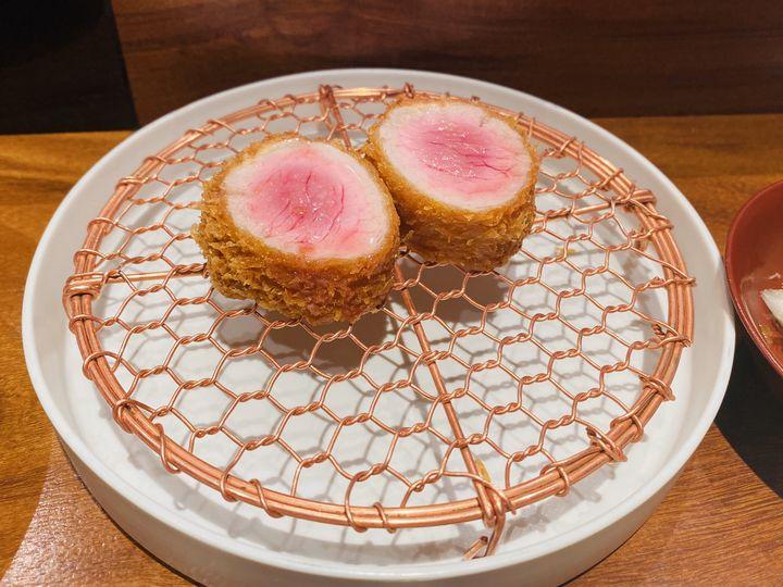 今夜はがっつりお肉デート。東京都内の雰囲気抜群のお肉料理店10選