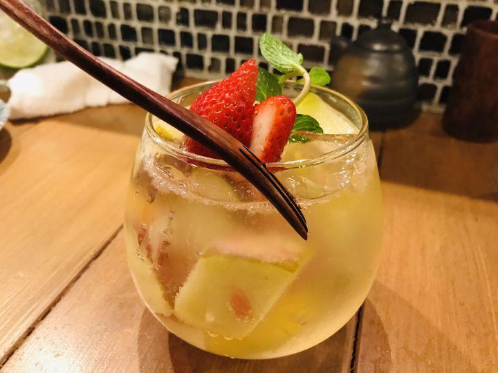 ゴロゴロ果物にメロメロ!広島のフォトジェなサワー専門店「SOUR-YA」が話題