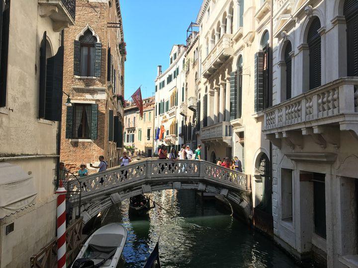 【終了】まるで仮面舞踏会?イタリアで「ヴェネツィアカーニバル」が開催