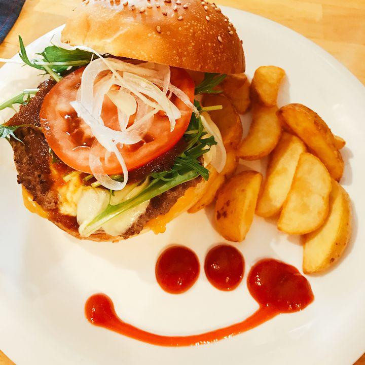沖縄×グルメの真骨頂!沖縄で食べたい絶品ハンバーガー7選