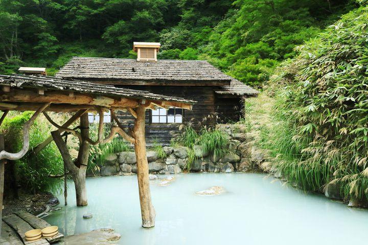 観光もグルメも楽しみたい!春の温泉女子旅で行きたい日本全国の温泉地10選