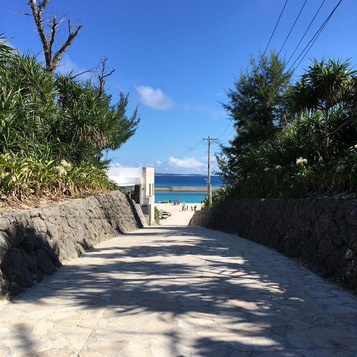本島から15分で行ける楽園!今すぐ行きたくなる沖縄「水納島」の7つの魅力とは