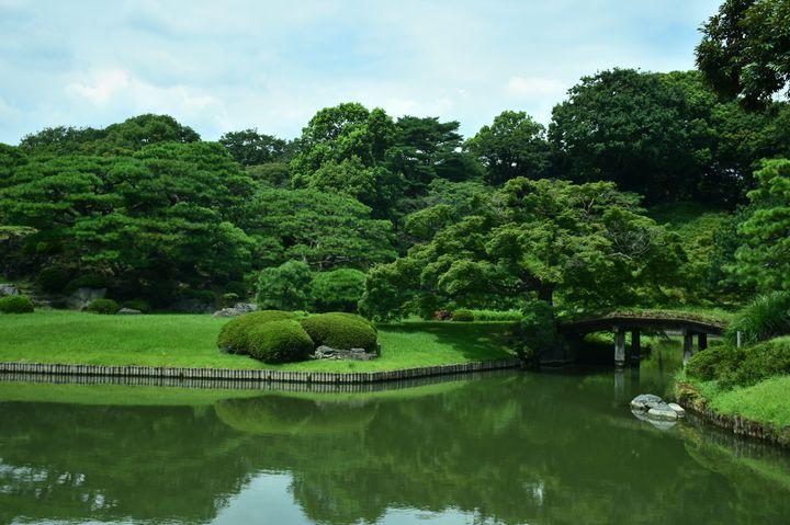 """5月病になる前にリフレッシュを!東京都内の""""散歩したくなる庭園""""10選"""