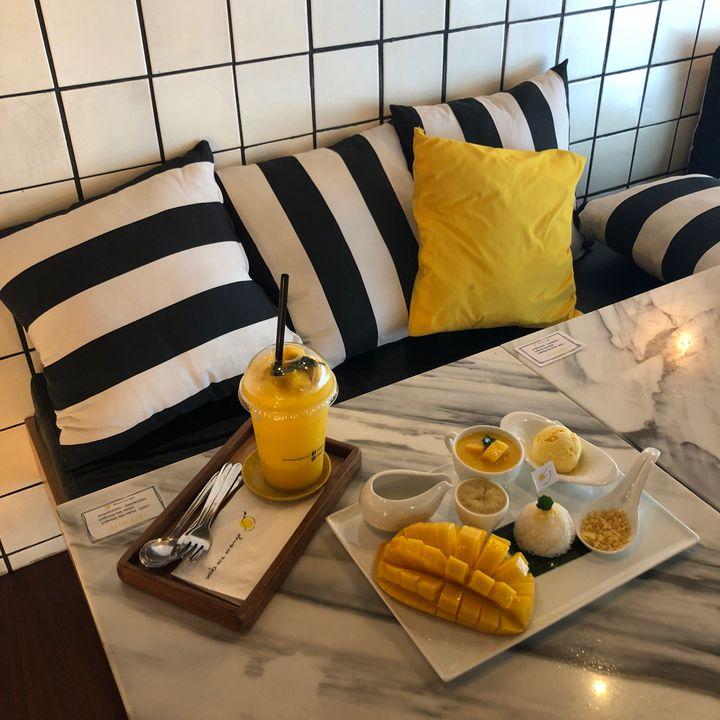 おしゃれカフェでマンゴースイーツを堪能!「Make Me Mango」をご紹介
