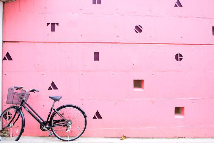 """写真を""""盛る""""ならココ!日本国内のお洒落な「壁」があるスポット10選"""
