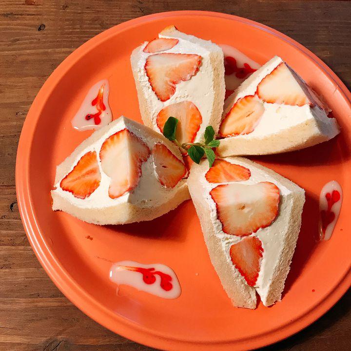 溢れだすフルーツにヒトメボレ。関東の絶品フルーツサンド7選はこれだ