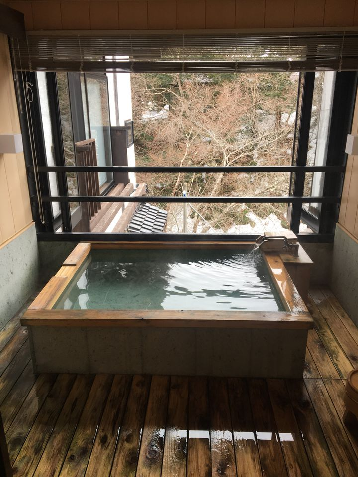 週末は温泉に浸かって癒しを。湯西川温泉で泊まりたいお宿7選