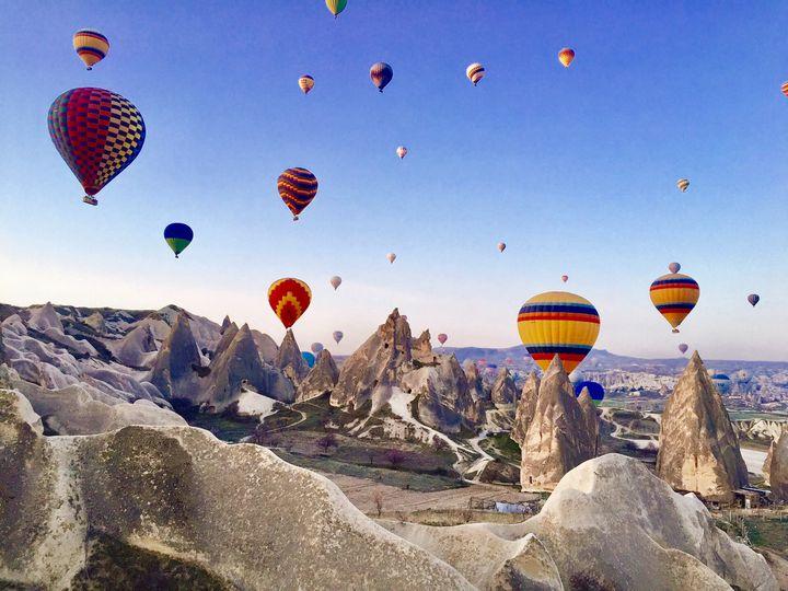 いつもとは違った旅をしてみない?気球から楽しむ世界の美しい絶景7選