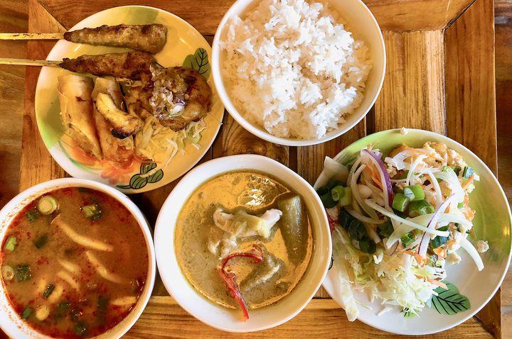いつもの女子会をちょっぴり特別に。関西の雰囲気バツグンなエスニック料理店7選